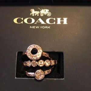 {COACH} Stackable Rings. Set of 3. Rose gold.